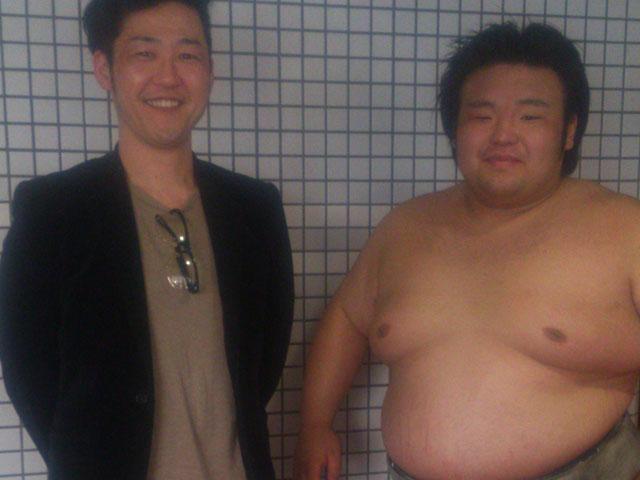 相撲が大好き!(隣の方は貴景勝さん)